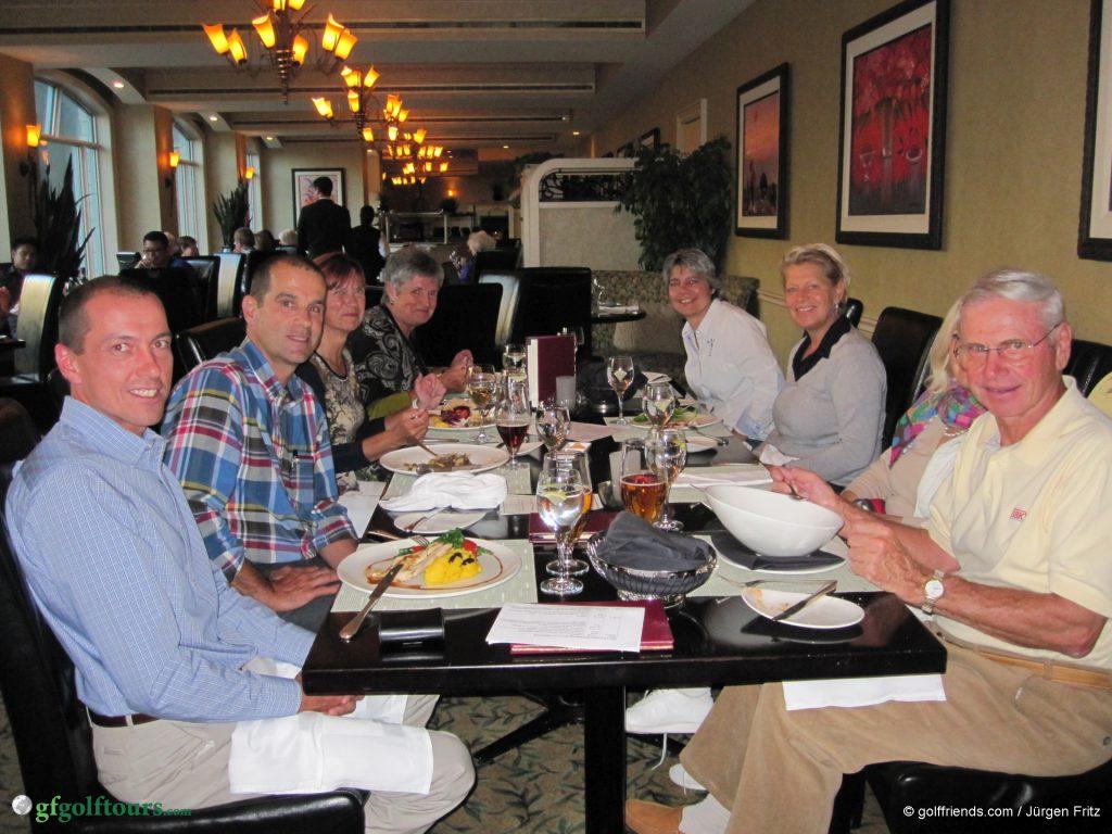 Erster Abend in Banff, gemeinsames Abendessen im Hotelrestaurant Primrose