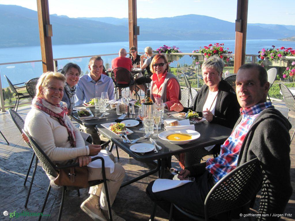 Abendessen im Grapevine Restaurant und Ausklang eines unvergesslichen Golftags.