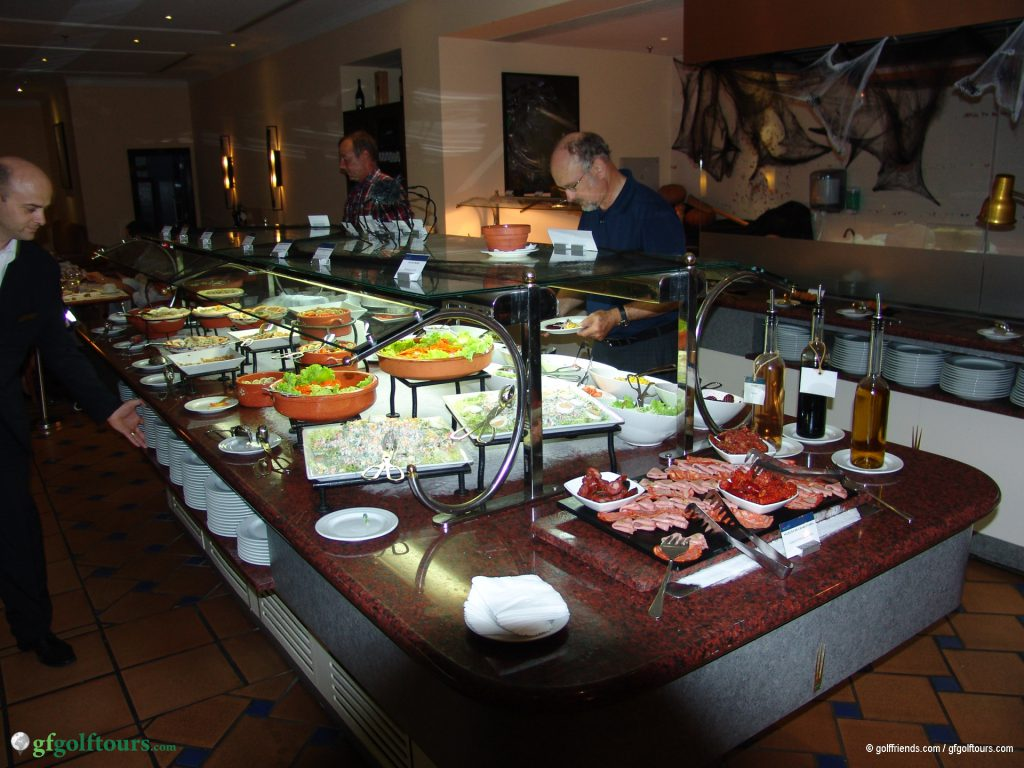 Buffet im Atlantic Grill-Restaurant des Marriott Hotels.