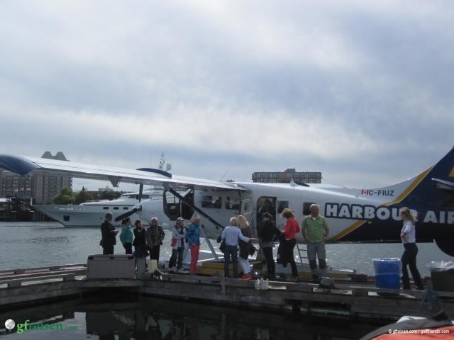 Travel in Style, Ankunft in Victoria mit dem Wasserflugzeug.
