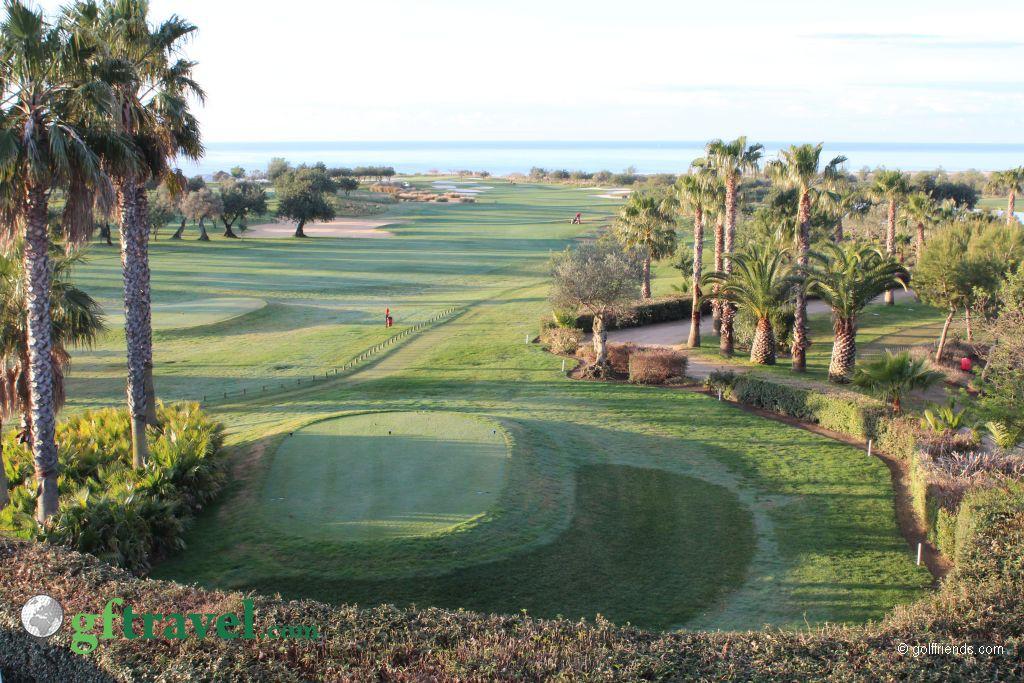 Golfplatz Quinta da Ria und Blick aufs Meer