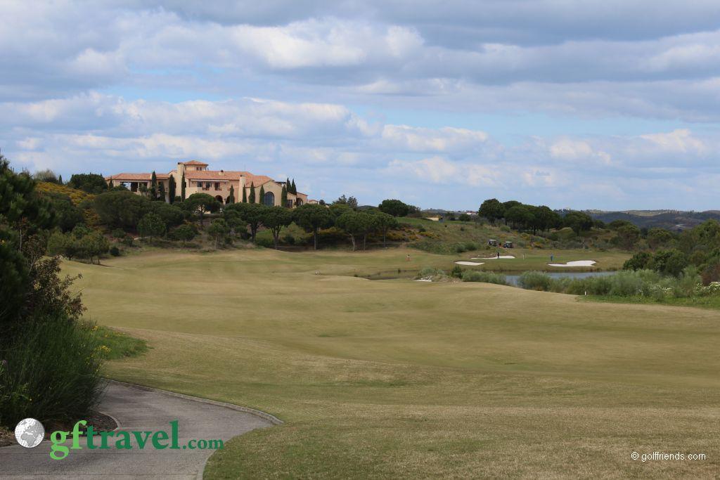 Monte Rei – Blick auf Golfplatz und Clubhaus
