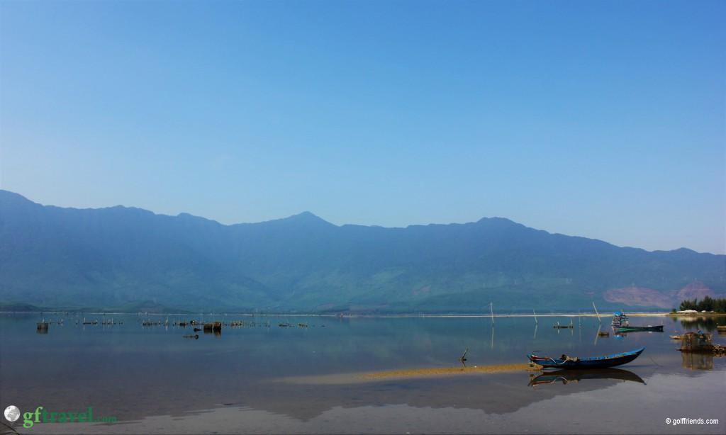 Tolle Landschaft auf dem Weg nach Hue